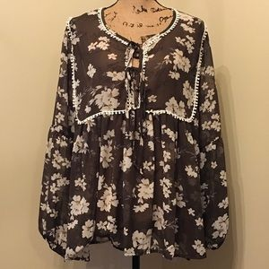 NWT Loralette floral top. Size 2X